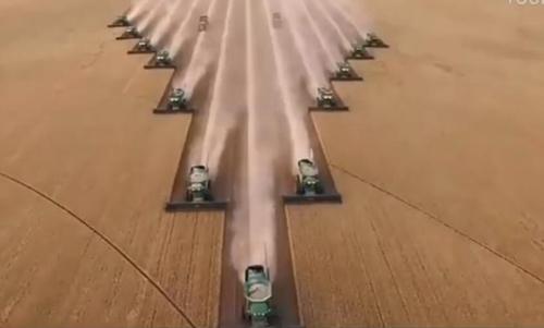 德国农机最强模式, 秒收粮食!